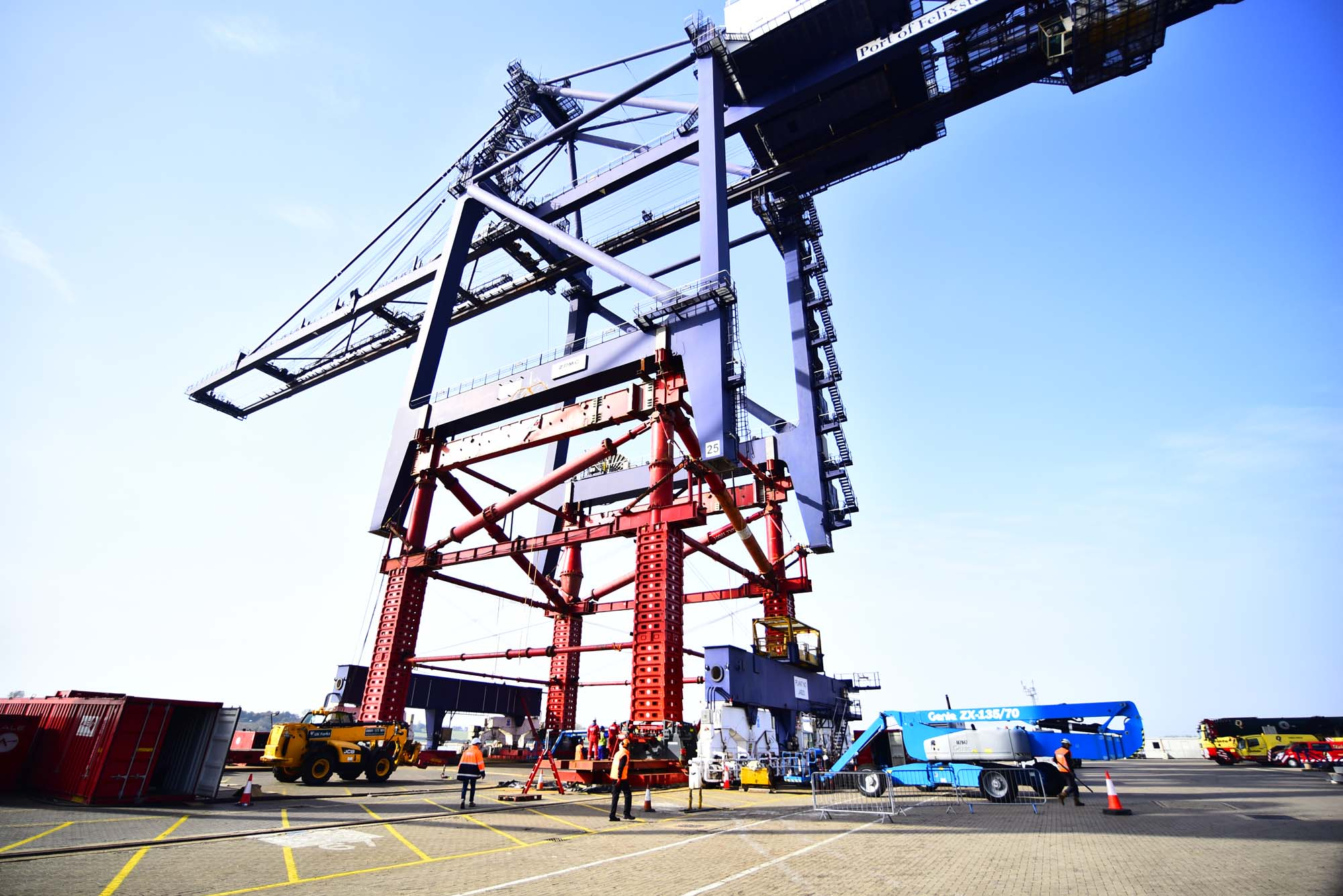 ZPMC UPGRADES THREE STS CRANES AT PORT OF BARCELONA